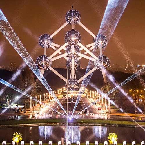 Nouvel an laser Atomium